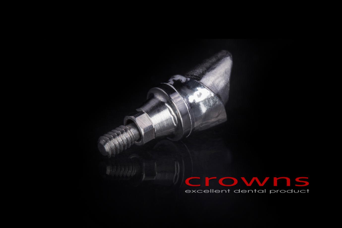 Crowns – implanty – łącznik CoCr – 3721-2015 72dpi
